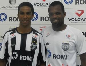 Chicão e Tadeu - jogadores do União Barbarense (Foto: Divulgação/UniãoBarbarense)