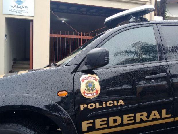 Polícia Federal realizou mandados de busca e apreensão (Foto: Alan Schneider/TV TEM)