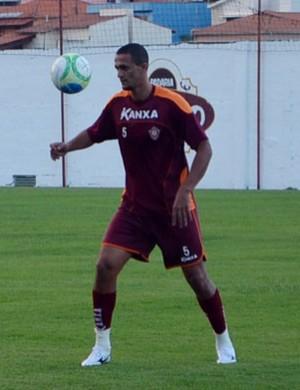Mateus Alves, zagueiro do Boa Esporte (Foto: Tiago Campos)