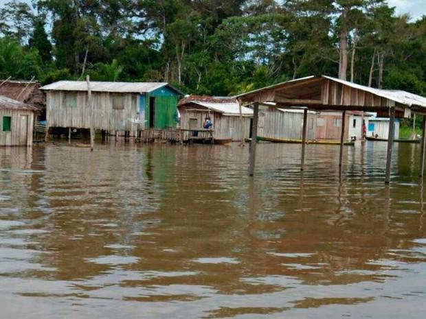 Tefé, com pouco mais de 61 mil habitantes, já registra 13.088 pessoas afetadas (Foto: Defesa Civil/Divulgação)