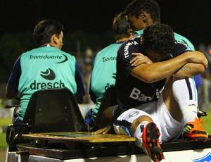 Kleber Grêmio machucado (Foto: Lucas Uebel / Ag. Estado)