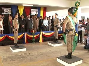 Solenidade de lançamento do batalhão militar de Nova Serrana (Foto: TV Integração/Reprodução)