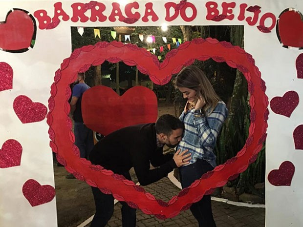 Kelly Key, grávida, posa com o marido, Mico Freitas (Foto: Instagram/ Reprodução)