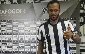 Bruno Silva não liga para comparações com Arão e se diz pronto para estreia