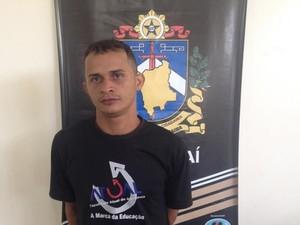 Fugitivo foi capturado após investigação de agentes da delegacia de Caracaraí (Foto: Divulgação/ Arquivo pessoal)
