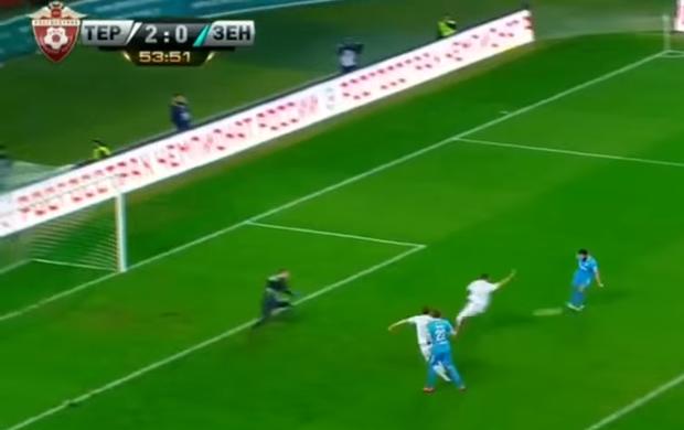 Hulk marca em derrota do Zenit