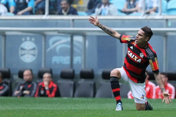 Guerrero reclama durante Flamengo x Grêmio (Foto:  GUSTAVO GRANATA/AGIF/ESTADÃO CONTEÚDO)