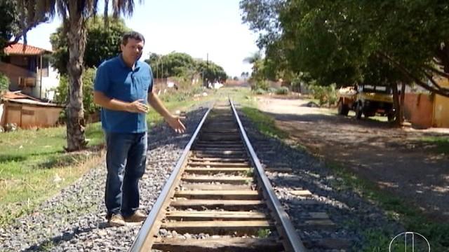 'Sertão sobre Trilhos' tem reportagens sob comando de Geraldo Humberto (Foto: Reprodução/Inter TV)