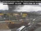 Incêndio atinge Mercadão de Jacarepaguá, na Zona Oeste do Rio