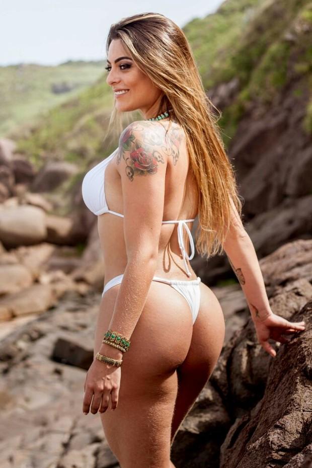 Monique Amin, ex-bbb, em fotos sensuais (Foto: Divulgação / Alex Ribeiro)