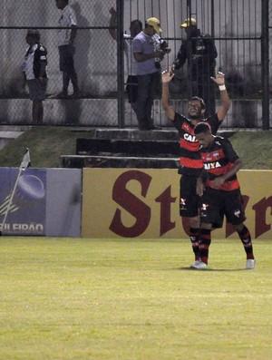 comemoração Atlético-GO (Foto: Frankie Marcone / Ag. Estado)