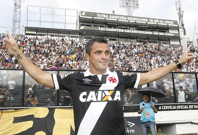 Falcão é apresentado em São Januário (Foto: Marcelo Sadio/vasco.com.br)