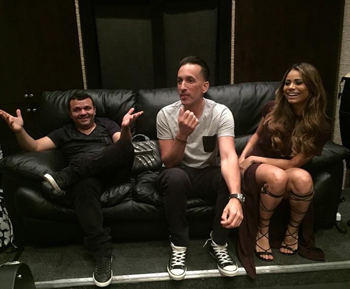 Batutinha DJ, Clinton e Lexa no estúdio de L.A.: trabalho e diversão (Foto: Arquivo Pessoal)