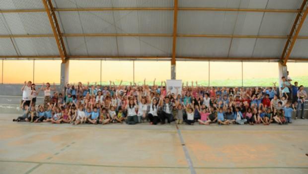 A festa da premiação aconteceu nas próprias escolas dos vencedores (Foto: Divulgação/RPC TV)