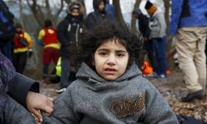 Grécia promete abrir novos centros para refugiados até 15 de fevereiro