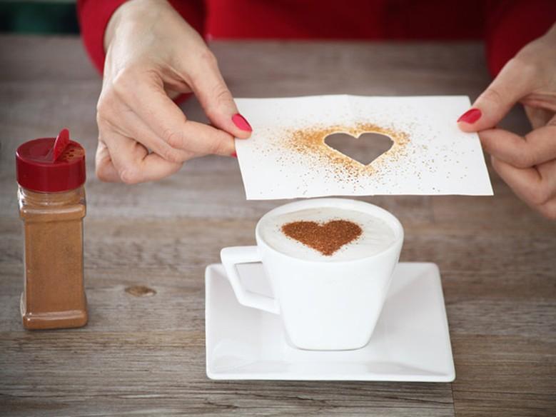 Como decorar a mesa do caf da manh para o dia dos for Como montar una cafeteria