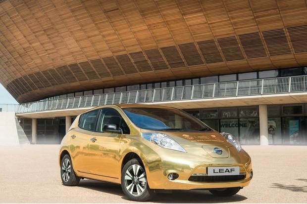 Nissan Leaf de ouro para os medalhistas britânicos (Foto: Divulgação)