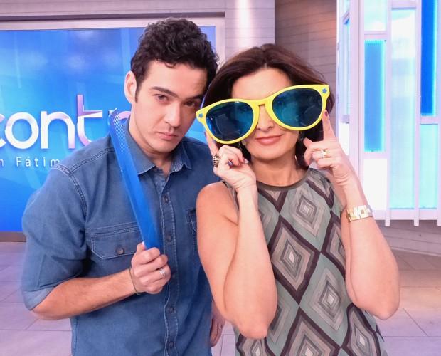 Marcos Veras e Fátima Bernardes incorporam o personagem Zé Bonitinho (Foto: Marcele Bessa / Gshow)
