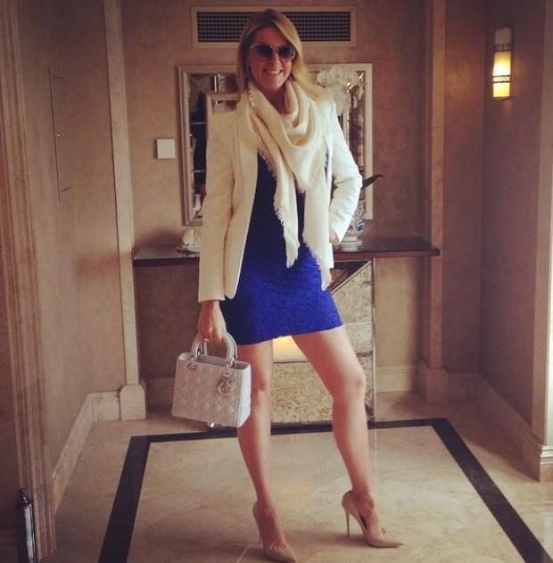 0c768a78d EGO - Ana Hickmann mostra famosas pernas usando vestido curtinho ...
