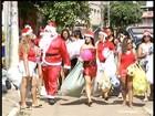 Papai Noel entrega presentes para crianças em Governador Valadares