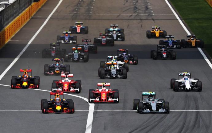 Largada do GP da China (Foto: Getty Images)