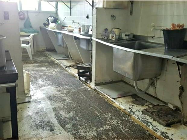 Sesacre diz que cozinha do Huerb deve passar por reforma  (Foto: Reprodução/Rede Amazônica Acre)