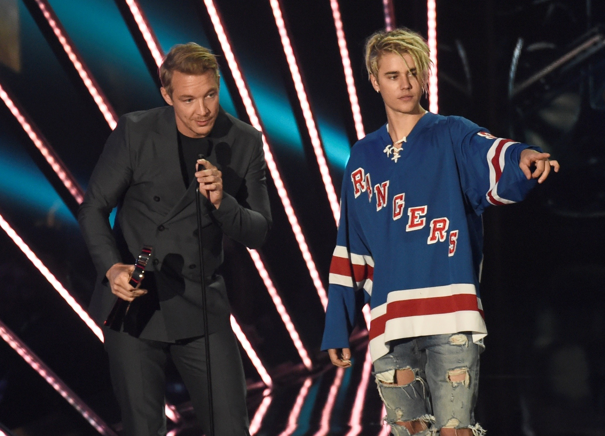 Diplo e Justin Bieber j ganharam um Grammy juntos, com 'Where Are U Now', parceria do cantor com o projeto Jack  (Foto: Chris Pizzello/Invision/AP)