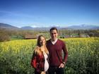 Grávida, Luiza Valdetaro posa com o marido em tarde de passeio na Suíça
