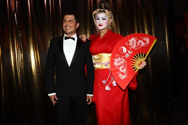 Wellington Muniz e Mirella Santos no Baile de Gala da Vogue (Foto: Iwi Onodera / EGO)