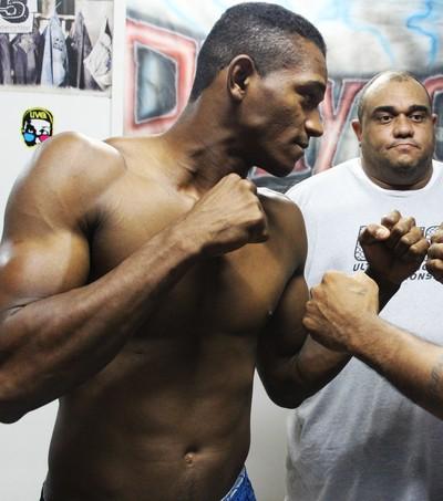 """Fabrício Jonas """"Negão"""" e Marcony Pará disputam título do Dirceu Fight (Foto: Abdias Bideh/GloboEsporte.com)"""
