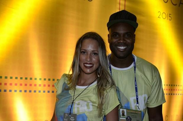 Rafael Zulu e Erys Martins no carnaval do Rio de Janeiro (Foto: Roberto Teixeira/ EGO)