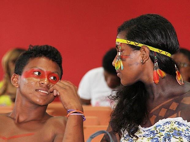 Índios querem ir até aldeias para incentivar estudantes do ensino médio a tentarem vaga na universidade. (Foto: Alexandre Moraes / UFPA)