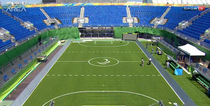 Quadra de futebol da paralimpíada (Foto: Reprodução/SporTV)