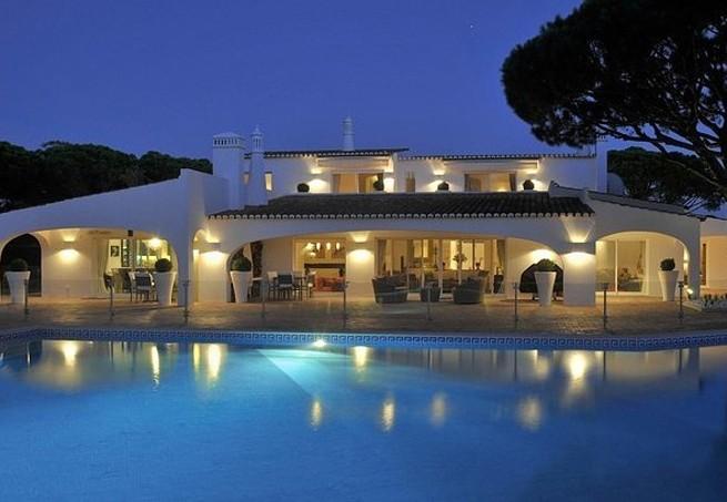 A luxuosa casa de Senna no Algarve (Foto: Reprodução Luxury Estate)