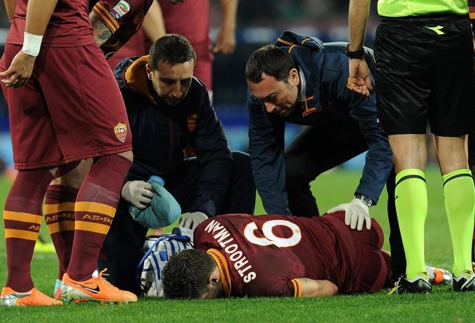 Kevin Strootman lesionado  (Foto: Getty Images)