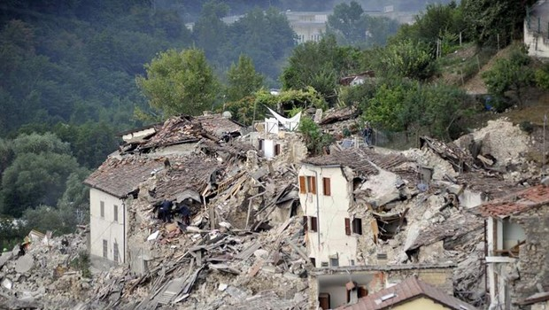 Terremoto de magnitude 6,2 que atingiu cidades na Itália (Foto: EFE)