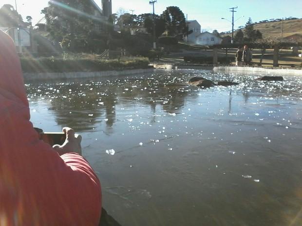 Dia mais frio do ano até agora em SC foi registrado em Urupema (Foto: Gabriela Machado/RBS TV)