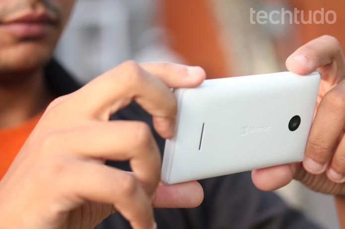 Desempenho do Lumia 532 surpreende e não apresenta travamentos (Foto: Lucas Mendes/TechTudo)