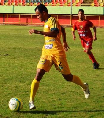 Pedro Balú, lateral-direito Galvez (Foto: Duaine Rodrigues)
