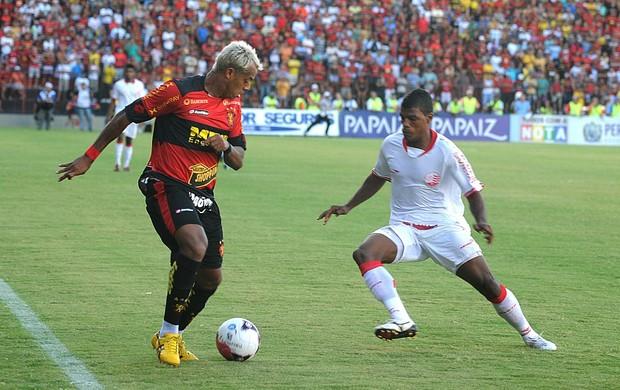 Sport x Náutico - Marcelinho Paraíba - Auremir (Foto: Aldo Carneiro)