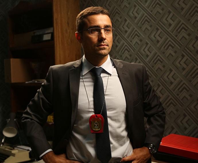Ricardo Pereira está de volta às novelas brasileiras em 'A Regra do Jogo' como o delegado Faustini (Foto: Carol Caminha/Gshow)