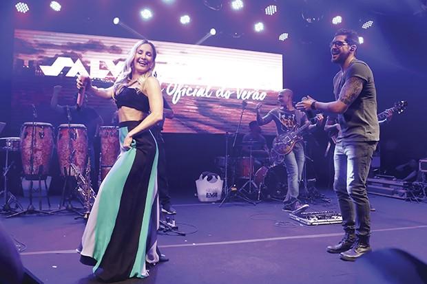 Cláudia Leitte durante festa realizada pela prefeitura de Salvador, em SP, para divulgar o calendário de eventos da cidade (Foto: Thiago Bernardes / G.LAB)