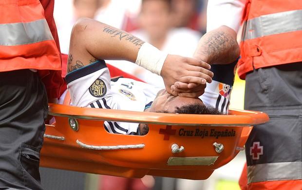 Marcelo lesionado jogo Real Madrid (Foto: AFP)