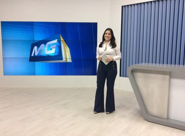 Apresentadora Priscila Cambraia reassume o MG Inter TV 1ª Edição (Foto: Patrícia Belo/G1)