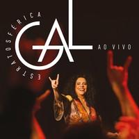 Gal faz gesto metaleiro na capa de CD e de DVD com o show 'Estratosférica'