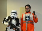 Casal vai à estreia de Star Wars em RR de Stormtrooper e piloto rebelde