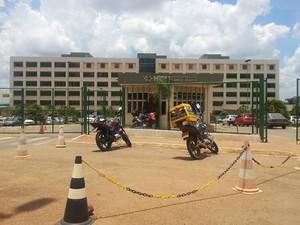 Fachada do Hospital de Santa Maria (Foto: Raquel Morais/G1)