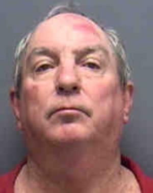 Steven Ernest Trew invadiu o zoológico bêbado e começou a quebrar o cadeado de diversas jaulas (Foto: Divulgação/Lee County Jail)