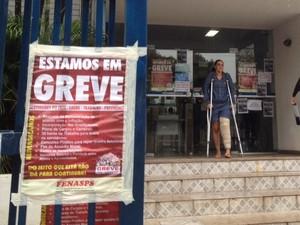 Apesar da greve, Maria Cleide foi atendida porque tinha agendado a perícia em agência de Goiânia, Goiás (Foto: Táliton Andrade/ G1)