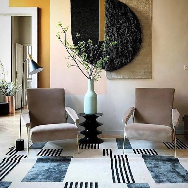 Décor do dia: sala de estar geométrica e elegante (Foto: reprodução)